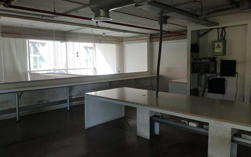 Arriendo oficina 414 m2 | Ciudad Empresarial | Santiago