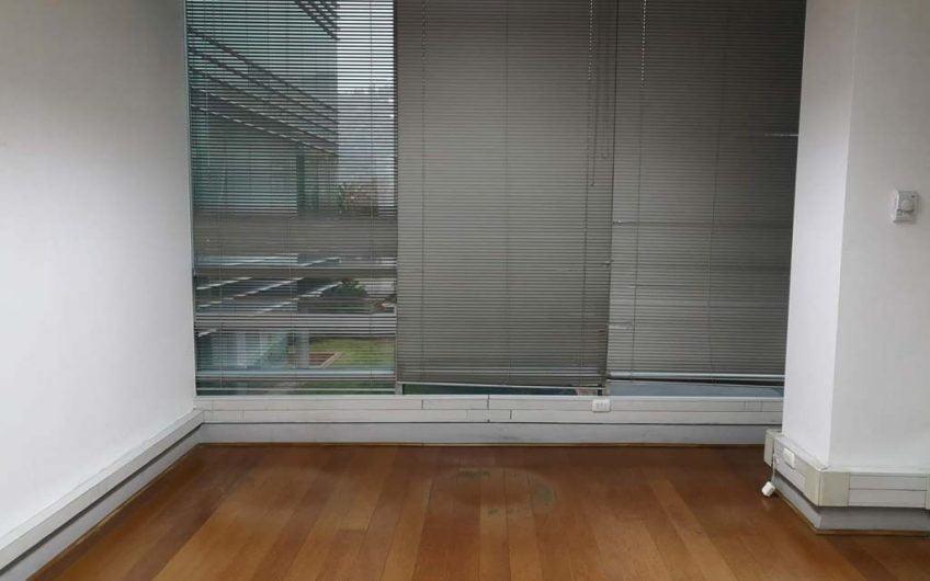 Se vende Oficina 164 m2 | Ciudad Empresarial | Santiago