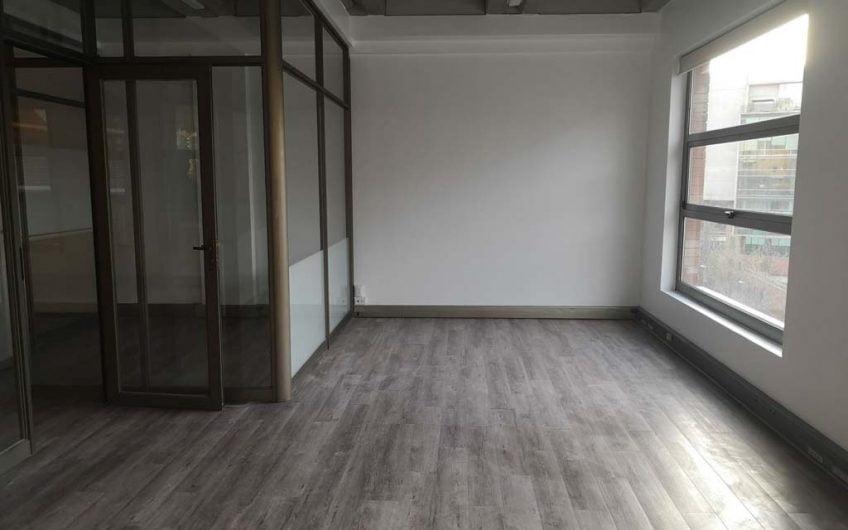 Vendo Oficina 111 m2   Ciudad Empresarial   Santiago