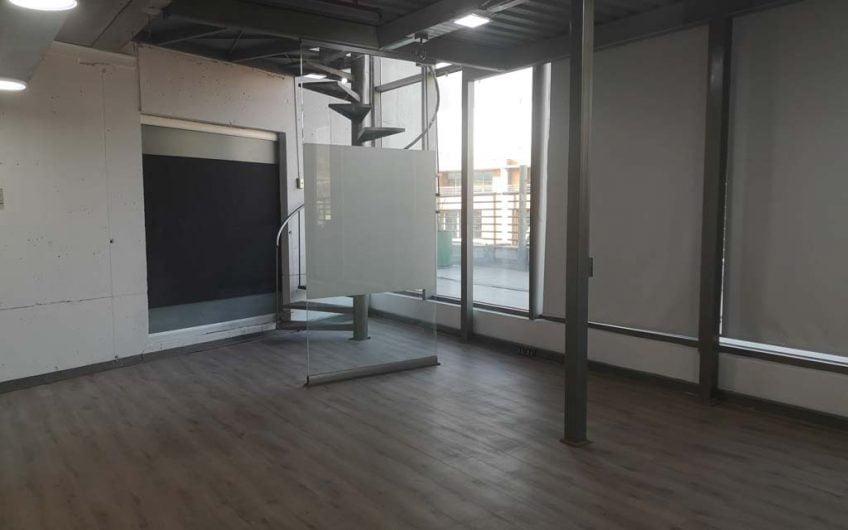 Arriendo de oficina 127 m2 | Ciudad Empresarial | Santiago