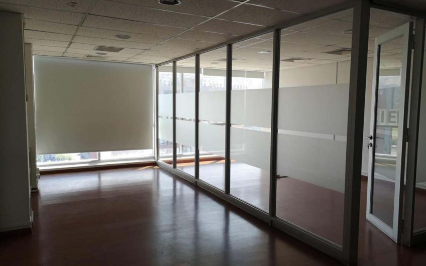Arriendo Oficina 226 m2 | Ciudad Empresarial | Santiago
