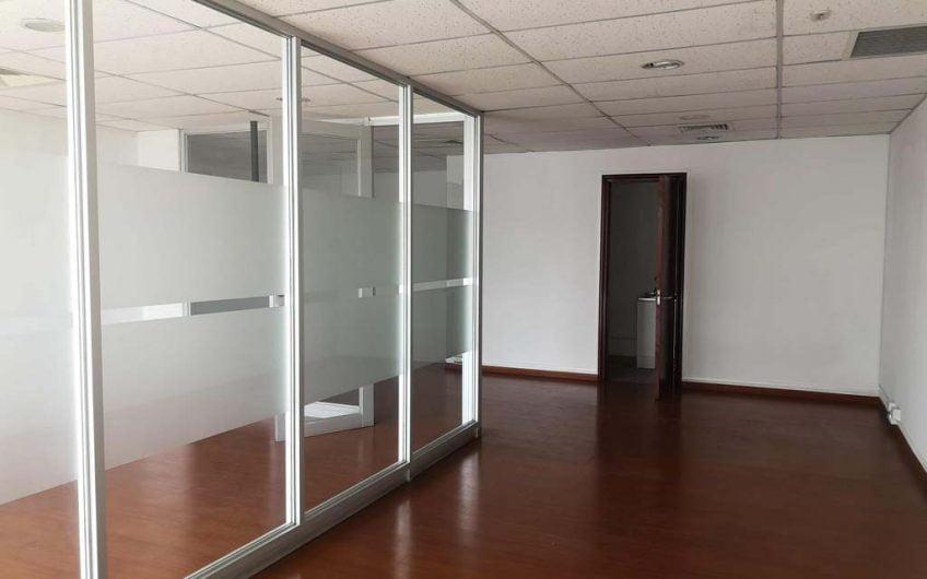 Arriendo Oficina 226 m2   Ciudad Empresarial   Santiago