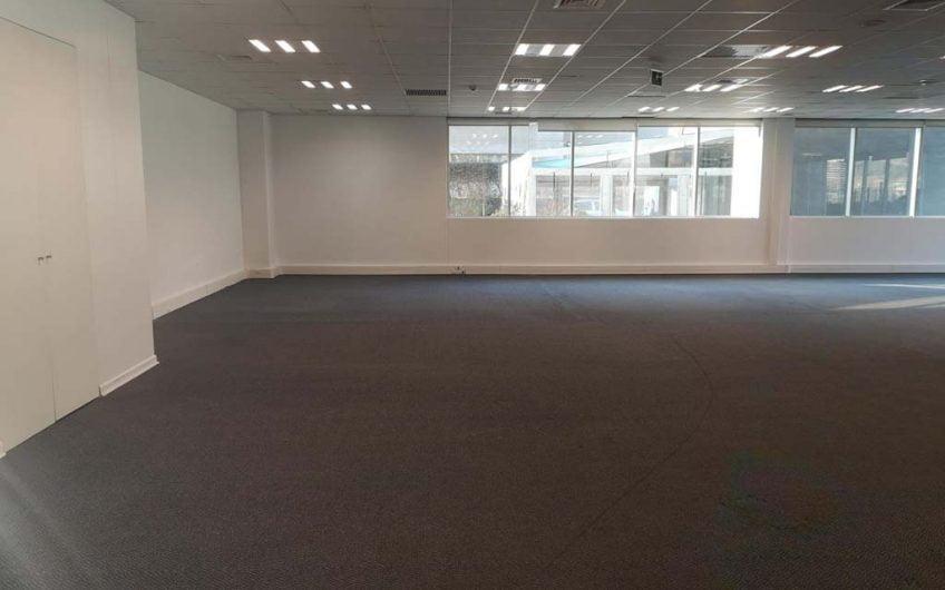 Venta oficina 560 m2 | Ciudad Empresarial | Santiago